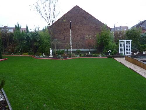 conseils et astuces gazon de la cr ation l 39 entretien de la pelouse leroidugazon. Black Bedroom Furniture Sets. Home Design Ideas